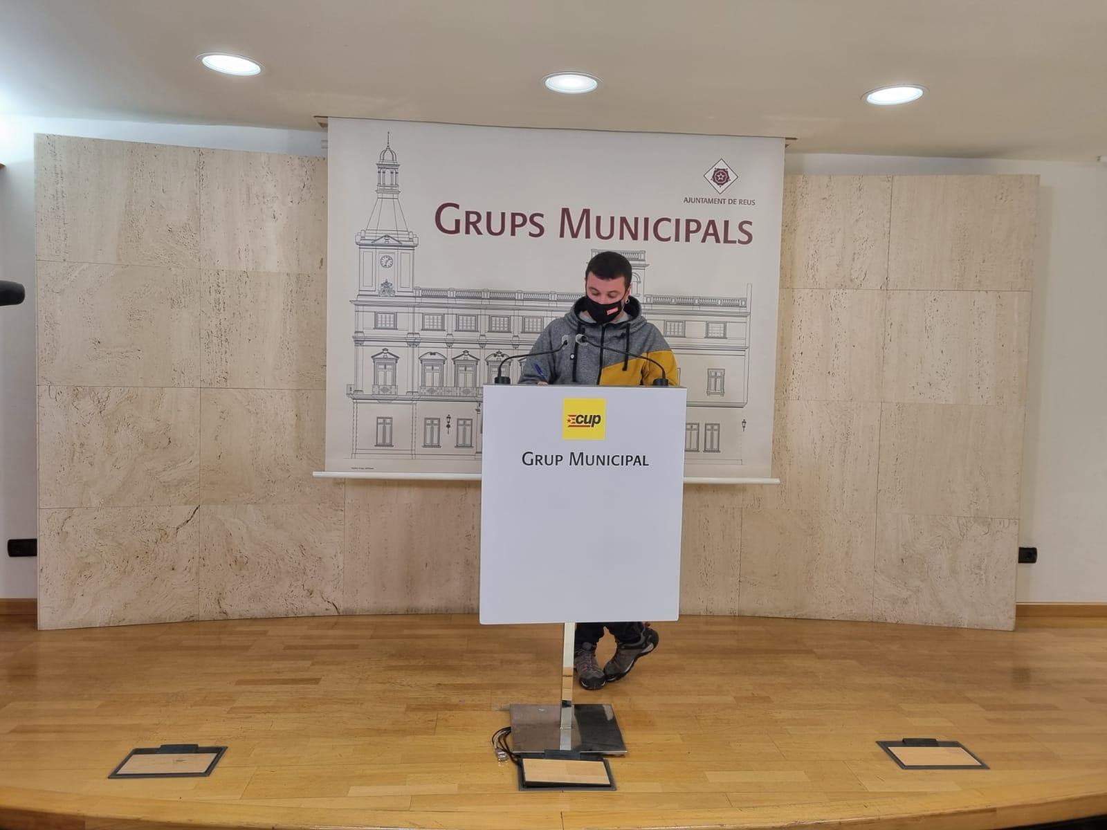 Edgar Fernàndez en roda de premsa
